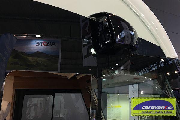 Erstes spiegelloses Reisemobil - rechts